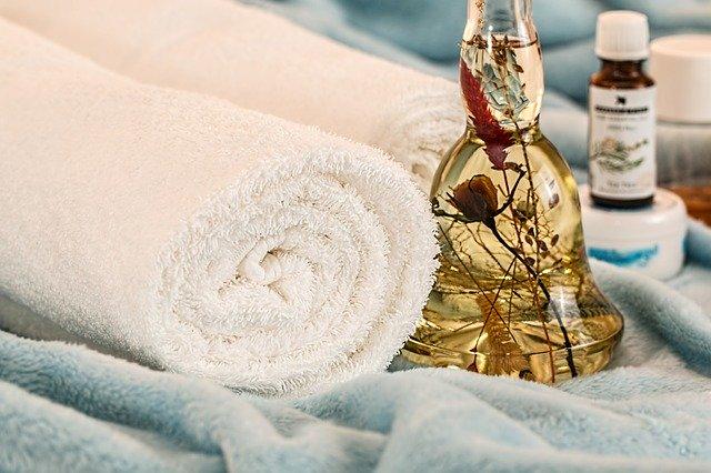 moisturize skincare routine