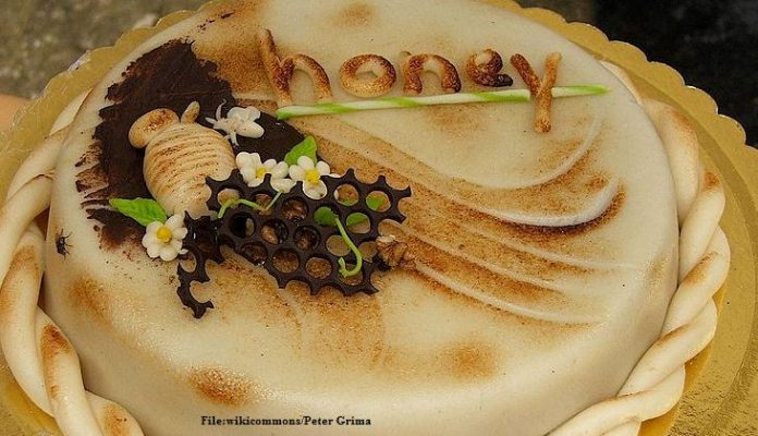 Heuningkoek cake