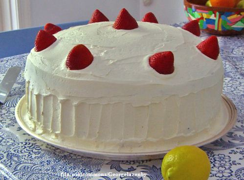 African strawberry cake